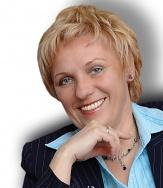Dr. h. c. prof. PhDr. Beata Kosová, CSc.